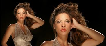 beauty-woman-gold-duo