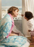 lifestyle-mother-baby-blanket