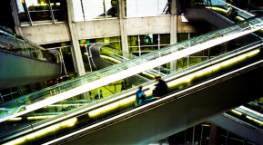 paris-de-gaulle-airport-escalators