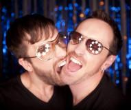 wild-fun-couple-stars-glasses